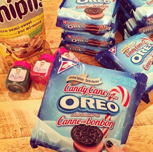 Candy Cane Oreos